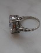Antyczny srebrny 925 pierścionek z cyrkonią...