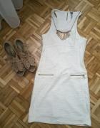 Stradivarius biała sukienka...