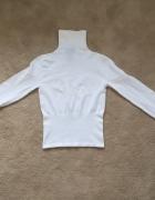 Biały elastyczny golf Versace Sport...