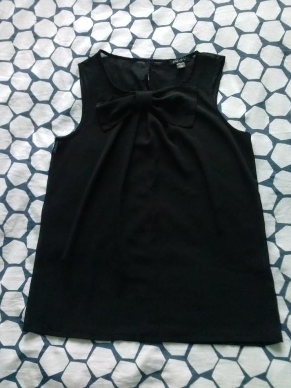 Bluzki Czarna bluzka z kokardką