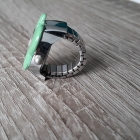 Zegarek motyl na palec