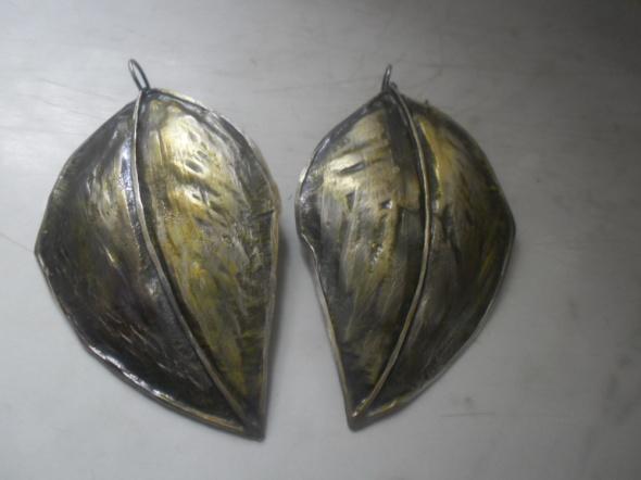 Kolczyki Piękne srebrne art kolczyki złocone liście