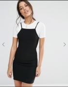 czarna dopasowana sukienka na ramiączkach z białym tshirtem w stylu grunge tumblr pale