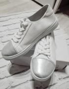 Nowe Trampki Tenisówki białe srebrne noski 38