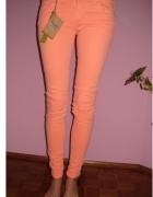 Morelowe spodnie