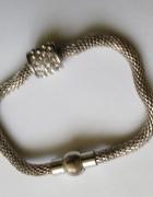 bransoletka na srebrnym łańcuszku tzw lince