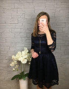 Sukienka koronkowa Bicotone