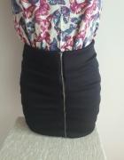 mini spódnica S z zakładkami i zamkiem