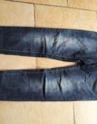 Cudowne ciemne jeansy