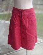 Wygodna spódnica zapinana na rząd guzików 14 XL