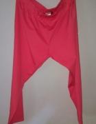 Nowe malinowe spodnie