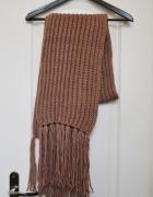 Duży obszerny szal szalik pleciony włóczkowy gruby ciepły koc plec camel