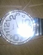 Zegarek z kryształkami swarovskiego