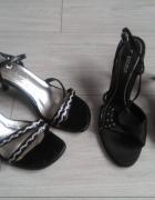 Czarne sandałki rozm 36