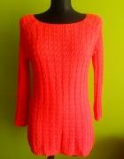 Koralowa sweterkowa tunika z akrylu