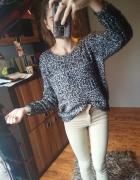 Sweter szary melanż włochaty ażurkowy