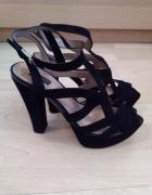 Czarne skórzane zamszowe sandały