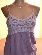 Bawełniany liliowy top z haftem