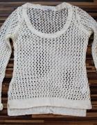 Beżowy sweter siateczka Rozmiar M