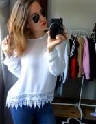 Sweterek biały koronka