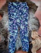 Spodnie w etniczne wzory