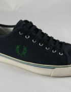 Fred Perry granatowe
