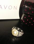 Pierścionek Angie Avon z perła