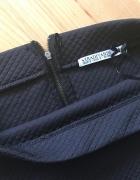 Stradivarius czarna klasyczna spódnica S...