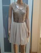 Rozkloszowana sukienka tiulowa cekiny S