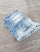 Szorty jeansowe jeans z przetarciami wywijane podwijane nogawki...