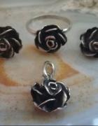 kolczyki wisiorek pierścionek róże