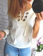 piekna biała bluzeczka wiazany dekolt mega