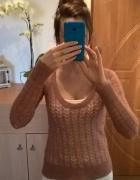 Delikatny cienki sweterek S