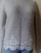 Sweter z gipiura