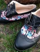 Damskie buty...