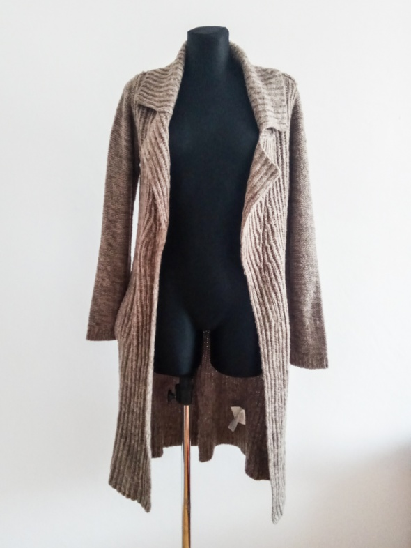 Długi ciepły sweter narzuta M