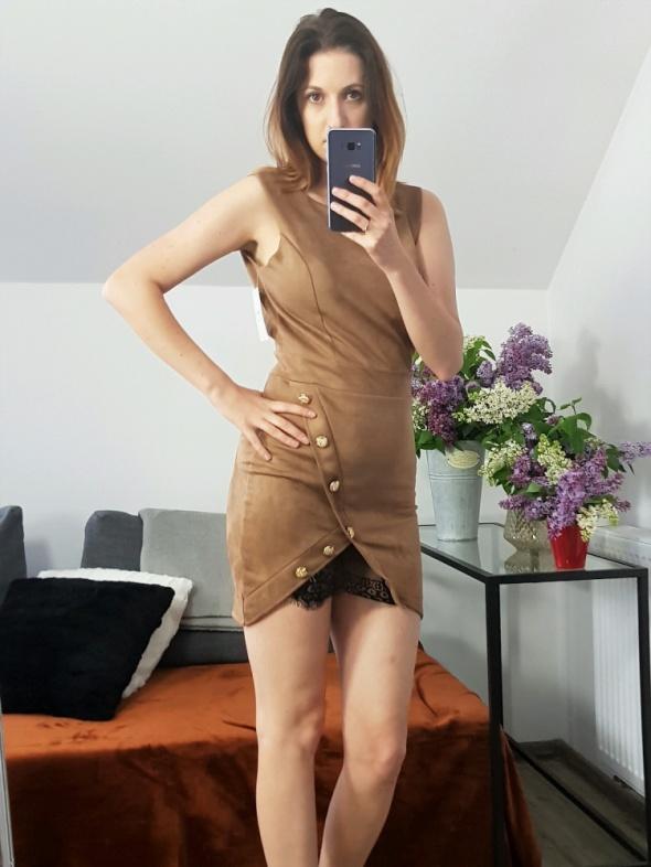 Sukienka Mini Brązowa