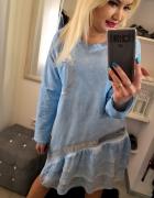 Błękitna sukienka tunika