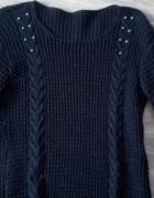 granatowy sweter M