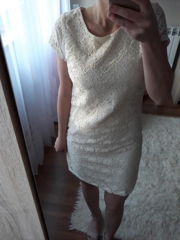 biała koronkowa sukienka z zamkiem rozm s