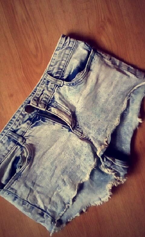 jeansowe szorty marmurkowe h&m