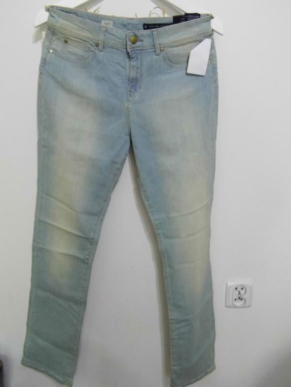 Spodnie NOWE SPODNIE TOMMY HILFIGER PARIS CLASSIC FIT30 32