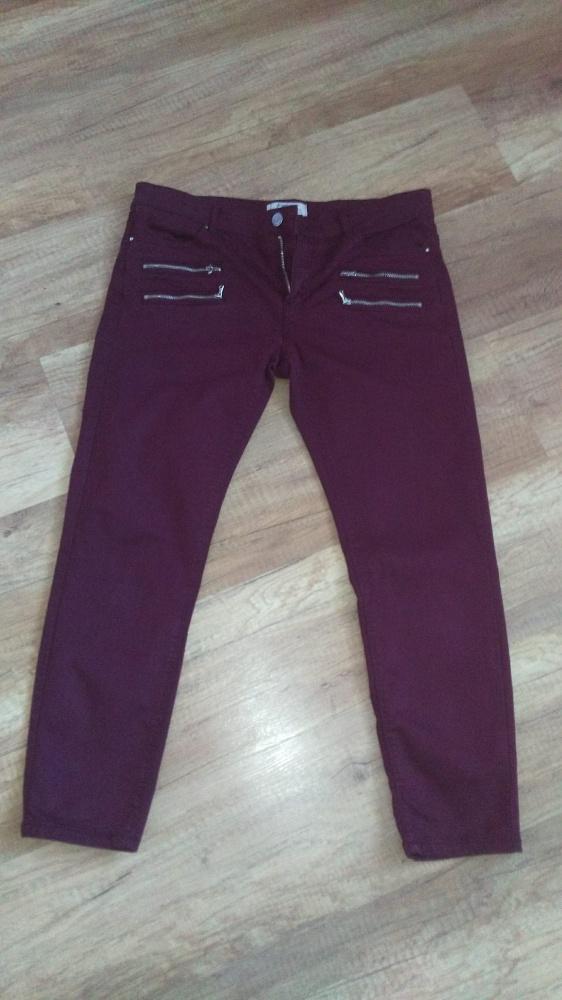 Bordowe spodnie Sradivarius