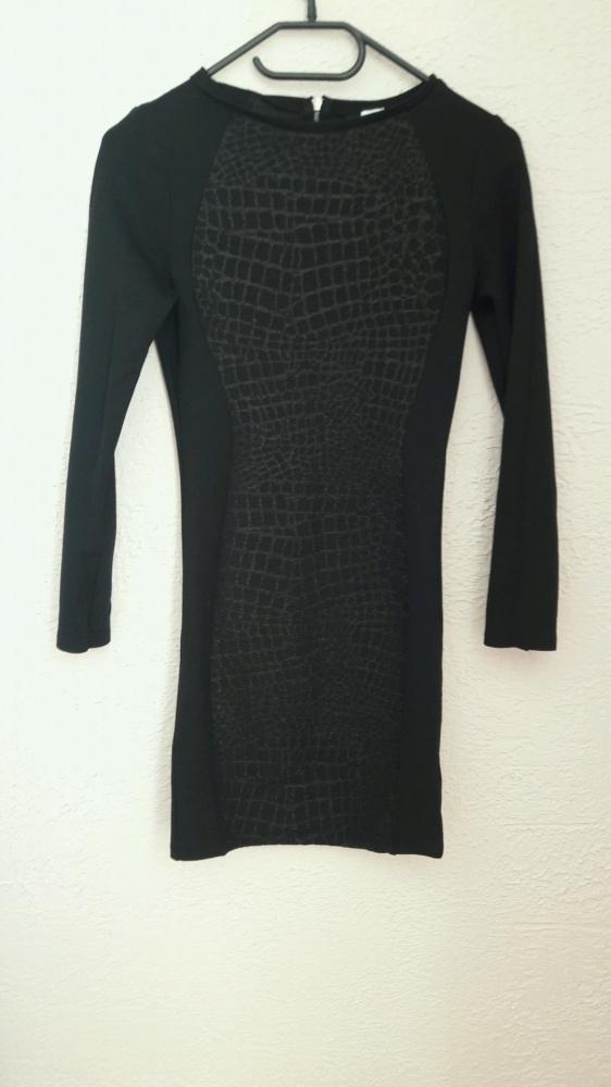 Elegancka sukienka czarna dopasowane sexi
