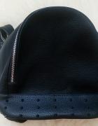 Plecak damski z ćwiekami czarny nowy