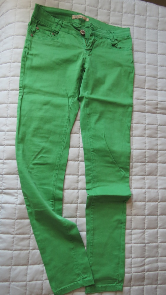 zielone letnie spodnie