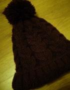 czapka zimowa z pomponem