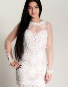 Suknia ślubna rybka zdobiona włoską koronką