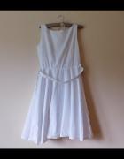 Biała sukienka rozkloszowana 36 38