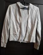 Szara bluza z kapturem...